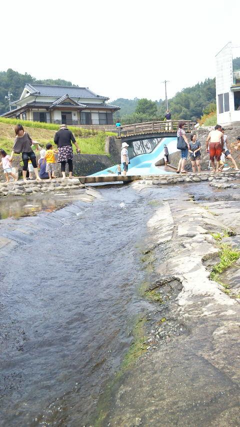 この夏最後の川遊び
