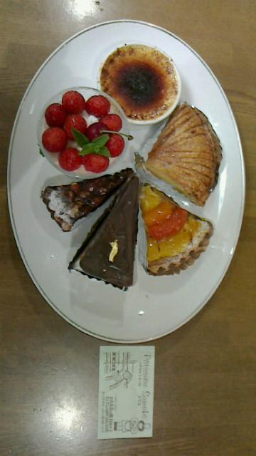 パティシエールスマコのケーキを頂きました!